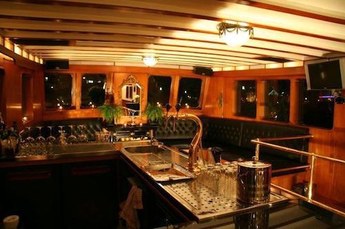 Contessa partyschip rotterdam
